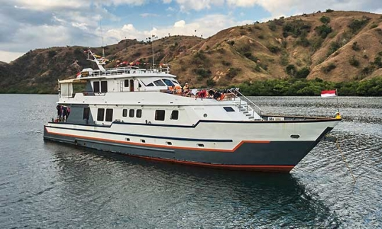 MV Panunee Komodo Islands Liveaboard