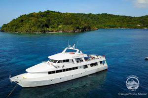 Roatan Aggressor Liveaboard Dive Boat Hunduras