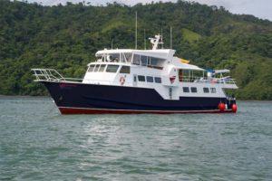 Bahamas Master - Bahamas Liveaboard Dive Boat