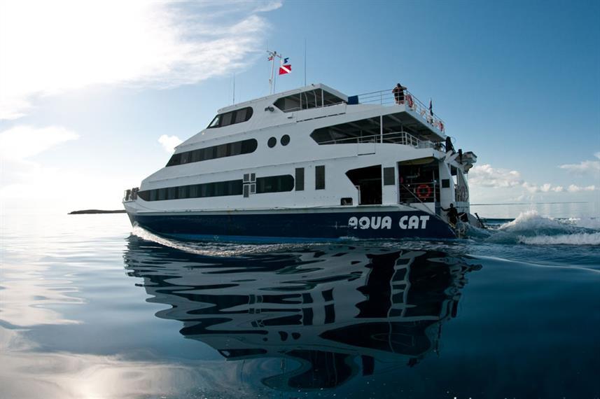 Aqua Cat - Bahamas Liveaboard Dive Boat