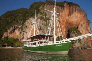 Merdeka 3 Thailand Liveaboard Dive Boat