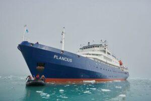MV Plancius - Antarctica Liveaboard Scuba Diving
